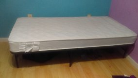 Twin mattress and platform frame in Alamogordo, New Mexico