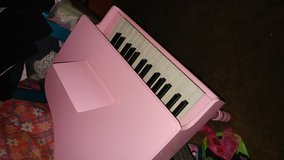 First act grand piano for kids in Virginia Beach, Virginia