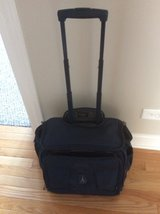 Travel pro RollAboard 18 inch Pacific Blue in Naperville, Illinois