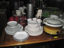 Assorted dish sets,Pot & Pans and more in Hinesville, Georgia
