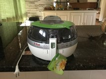T-FAL Actifry NEVER USED brand at Amazon used 159.98 new 209.99 in Honolulu, Hawaii