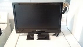 19 inch LCD TV in Fort Leonard Wood, Missouri