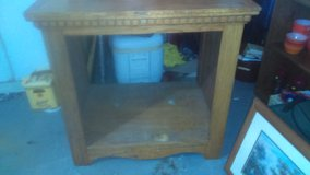 Solid wood Shelf in Cleveland, Texas