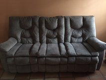 Like New Reclining Sofa! in Fort Polk, Louisiana