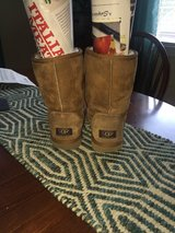 Authentic UGGS in Clarksville, Tennessee
