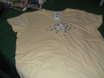 LADIES YELLOW TEE SHIRT XL in Alamogordo, New Mexico