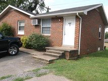 2 bedroom, 1 bath apartment for rent, Nice Clean, Rent $475, Frig & Stove included, in Fort Campbell, Kentucky