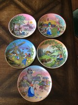 Vintage Kaiser Porcelean Classic Fairy Tales Songs Collector Five plates Complete set in Fort Leonard Wood, Missouri