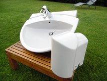Duravit Sink with semi Pedestal and faucet in Ramstein, Germany