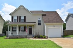 Immaculate Home Close to Post in Fort Campbell, Kentucky