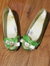 Disney Tiana shoes - girl's size 11/12 - Great Condition in Plainfield, Illinois