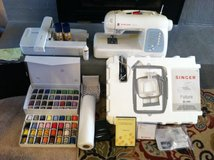 Singer Futura XL 400 Sewing/embroidery Machine in Warner Robins, Georgia