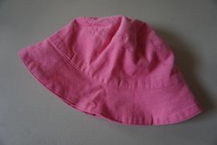 Girls Pink Corduroy Infant Sun Hat Size 12 Months in Chicago, Illinois