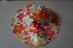 Girls Gymboree Floral Sun Hat Size 5-7 in Naperville, Illinois