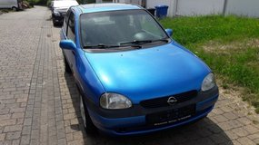 Selling a nice 1998 Opel corsa Automatic in bookoo, US