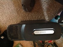 Xbox 360 120 Gb with wireless controller and games in Kingwood, Texas