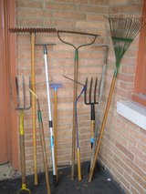 rakes/scythes in Glendale Heights, Illinois