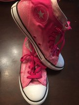 Converse girl Size 4.5 younth in Aurora, Illinois
