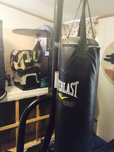 Weightlifting equipment - Punching Bags with speed bag in Alamogordo, New Mexico