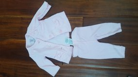 New pink newborn outfit in Batavia, Illinois