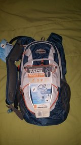 New hydration pack / backpack 2L water in Alamogordo, New Mexico