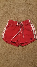 Like New Girl's Sz 2T Tommy Hilfiger Shorts in Lawton, Oklahoma