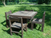 Pier One Table and 4 chairs in Naperville, Illinois