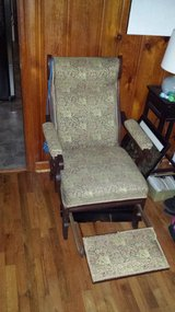antique recliner in Fort Benning, Georgia