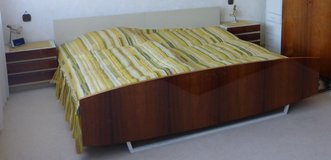 1960s Mid Century Designer Surfboard Styled Bed with 2 Nightstands in Ramstein, Germany
