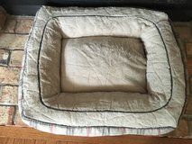 Dog bed ~ plaid ~ very soft!! in Batavia, Illinois