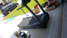 Treadmill Cybex 425T in Beaufort, South Carolina