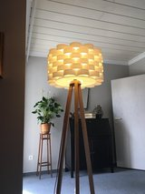 Mid-century floor lamp 110v in Ansbach, Germany