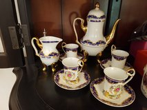 Fine porcelan tee set in Wiesbaden, GE