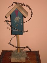 "19"" decorative bird house in Naperville, Illinois"