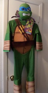Leonardo Teenage Mutant Ninja Turtle Costume (8-10) in Kingwood, Texas