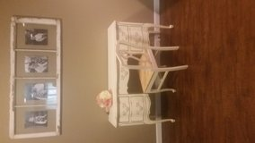 French provincial vanity and chair in Fort Leonard Wood, Missouri