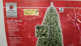 New / 7.6 ft. Wesley Spruce Clear Pre-Lit Christmas Tree in Fort Campbell, Kentucky