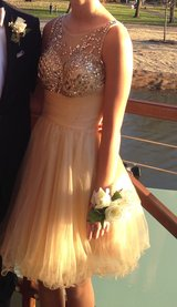 Special Occasion/Homecoming Dress Size 4 in Naperville, Illinois