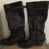 Women's Boots Size 6 in Quantico, Virginia