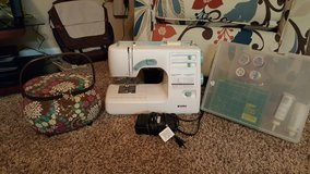 Kenmore Sewing Machine (LIKE NEW) Model #395 with Extras!!! in Lake of the Ozarks, Missouri