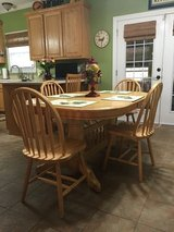 Solid wood Table/2 leafs with 8 Chairs in Los Angeles, California