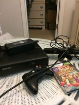 Xbox 360 barely used 125 obo in Hinesville, Georgia