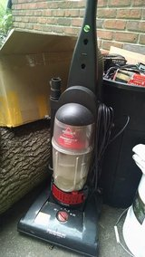 Vaccuum Cleaner in Fort Campbell, Kentucky