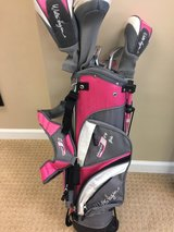 Hagen Jr Girls Series II Golf Set in Naperville, Illinois