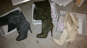 Amiclubwear size 9 Suede Boots in Tyndall AFB, Florida