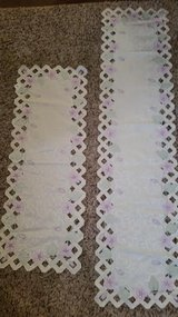 New / 2 Piece Floral Lace Doily Table Runner in Fort Campbell, Kentucky