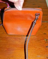 Reduced Small About Town Leather Purse in Ramstein, Germany