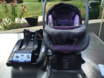 Baby Trend Flex-Loc 30 lb. Infant Car Seat with 2 bases - color Iris in Glendale Heights, Illinois