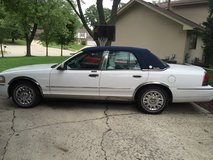 2004 Mercury Florida Edition -Very low miles!! Great condition in Glendale Heights, Illinois