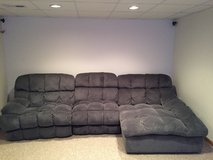 Sectional 3 piece recliner in New Lenox, Illinois